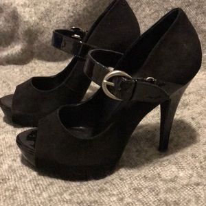 Great pre-owned condition suede peep toe heels